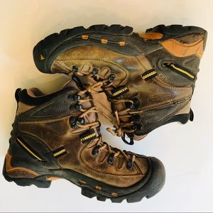 Keen Mid Brown Hiking Boots